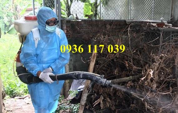 Chuyên viên diệt muỗi tận gốc chung cư tại quận Gò Vấp